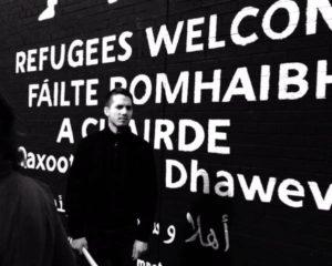 refugeeswelcomemural